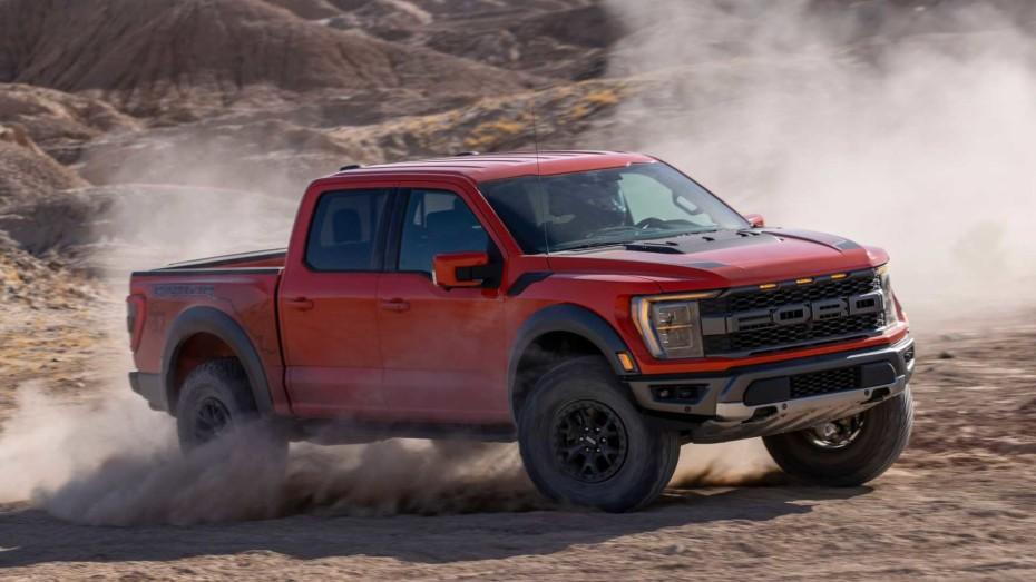 ¡Oficial! Saluda al Ford F-150 Raptor 2021: más tecnológico y capaz, pero no más potente