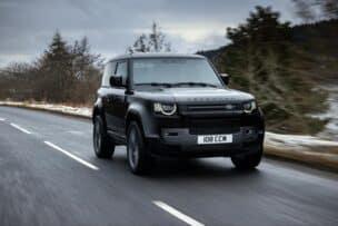 El Land Rover Defender se actualiza: motor V8 con 525 CV y muchas novedades