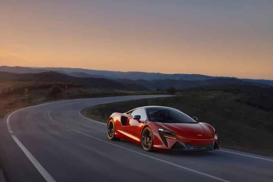 McLaren Artura: híbrido enchufable, filtro de partículas y V6. No es el futuro, es el presente