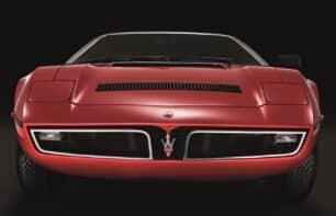 El Maserati Bora ya es un cincuentón: pero ojo a su figura y sus prestaciones...