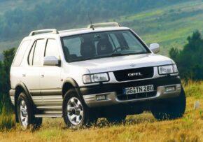 El Opel Frontera cumple 30 añitos y sigue subiéndose por las paredes