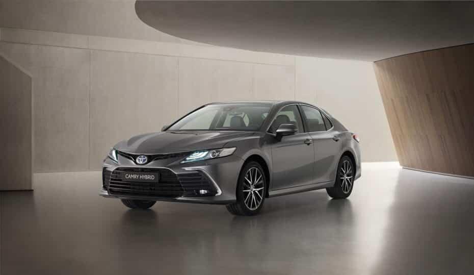 Toyota nos muestra el Camry 2021 y estas son sus novedades