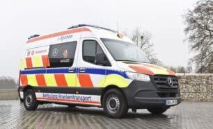 ¿Qué te parece esta ambulancia eléctrica de Mercedes?: ¿son 120 km de autonomía suficientes?