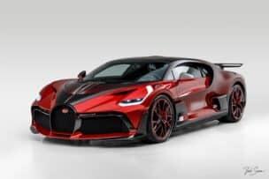 Esperamos que este Bugatti Divo 'Lady Bug' no sufra ningún raspón: año y medio para rematar su carrocería