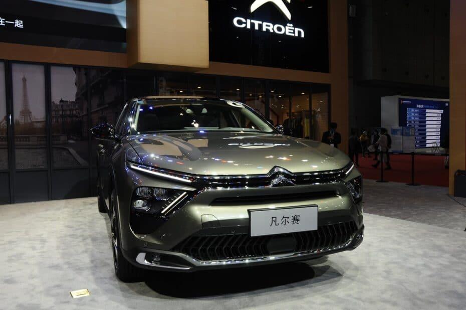 El Citroën C5 X se deja ver al natural: ¿Cómo lo ves ahora?