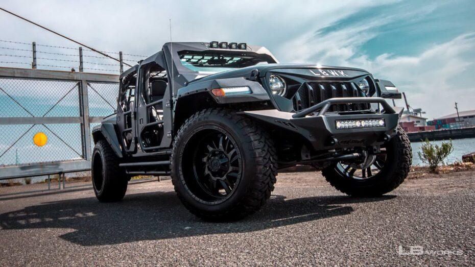 Este Jeep Wrangler de Liberty Walk es el juguete ideal para machacar zombies
