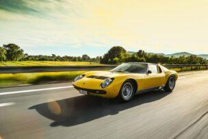 El Lamborghini Miura SV cumple 50 primaveras: La historia del deportivo que humilló a Ferrari