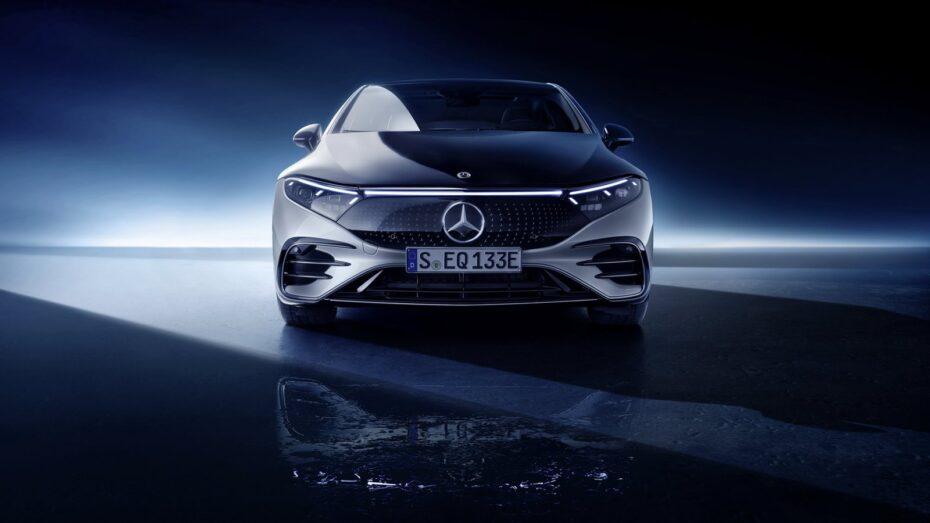 Mercedes: No bastará con comprar el coche, tendrás que suscribirte al equipamiento