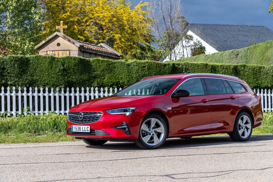 Prueba Opel Insignia ST GS Line 1.5D 122 CV: justo en prestaciones, brillante en consumos