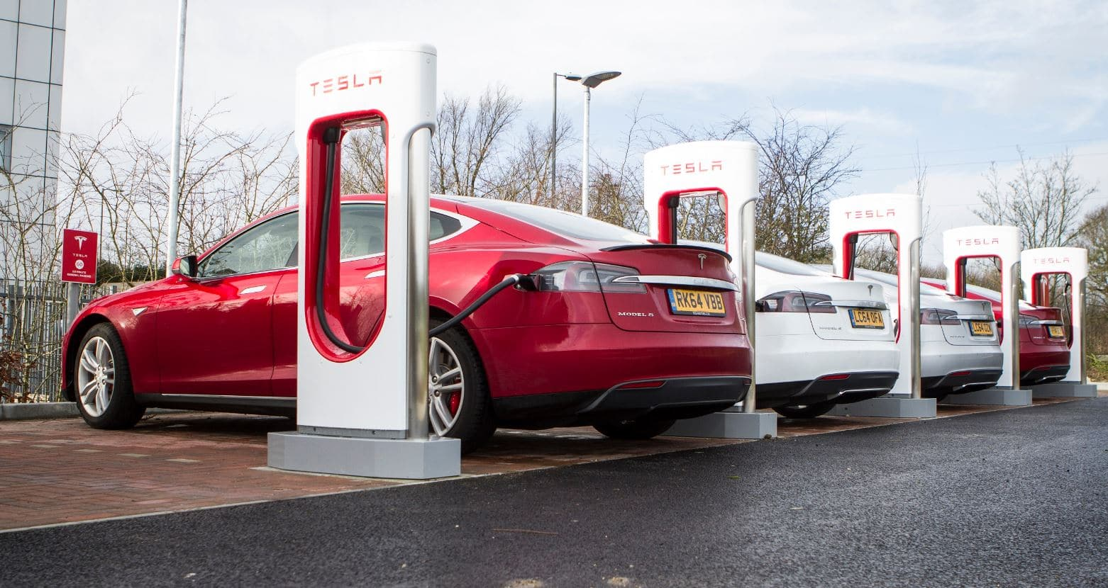 Ya sabes cuánto cuesta cargar el coche eléctrico en tu casa