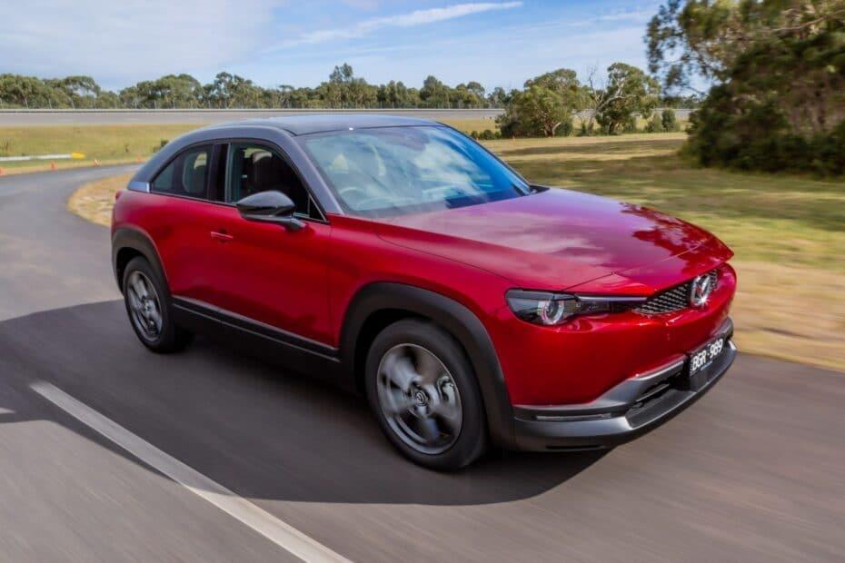 El Mazda MX-30 M-Hybrid es más interesante que el eléctrico