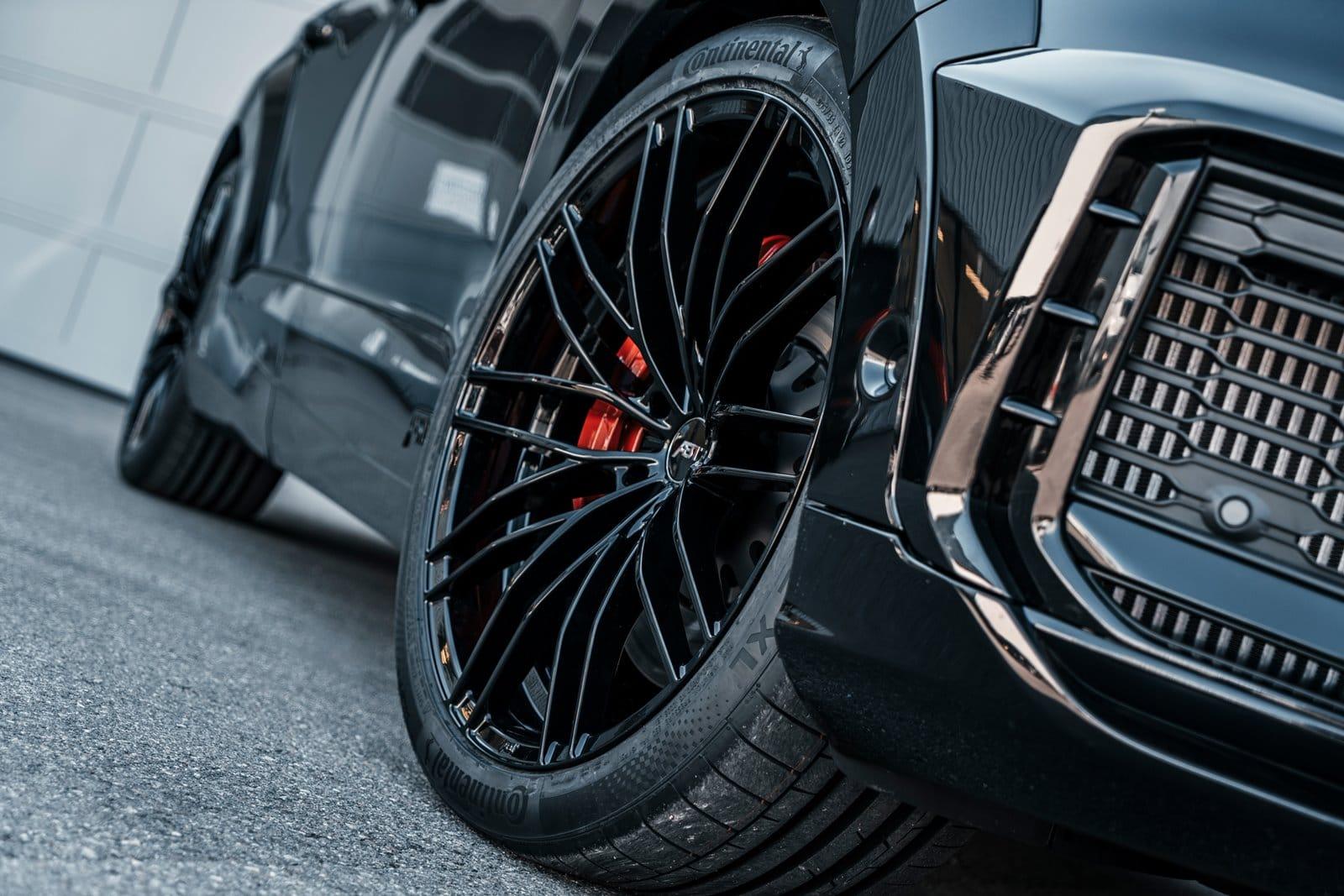 """Nuevas llantas de 22"""" para el Audi SQ7 de ABT"""