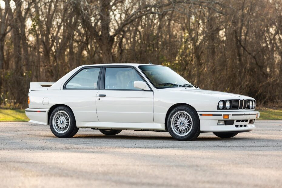 ¡Joya a la venta! Este BMW M3 E30 está esperando a que le hagas un hueco en tu garaje