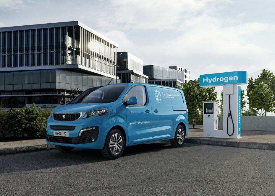 Así es el Peugeot e-Expert Hydrogen: tres tanques y más de 400 km de autonomía