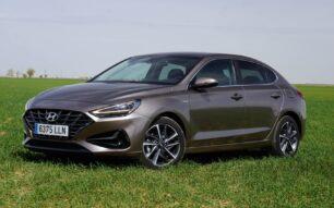 Prueba Hyundai i30 Fastback 1.0 TGDI 120 CV 48v Tecno DCT: Correcto en todo