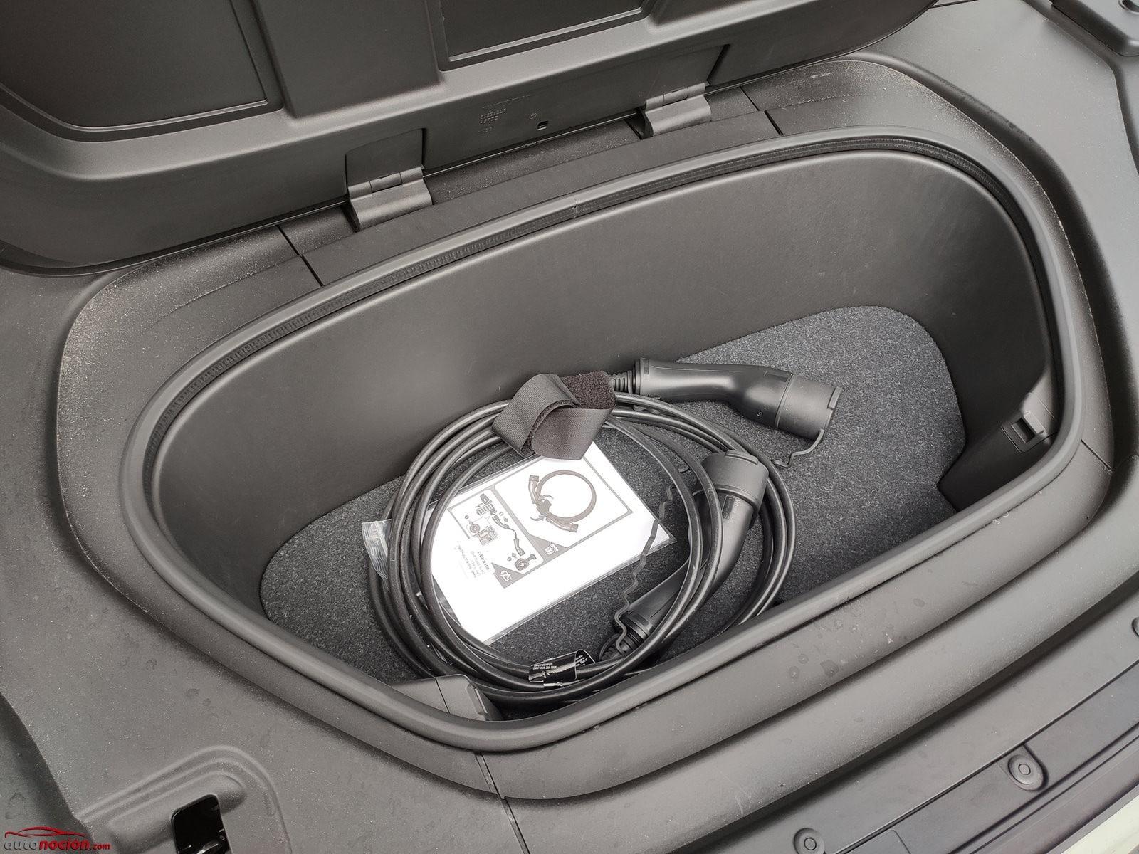 Maletero frontal Volvo XC40 Recharge