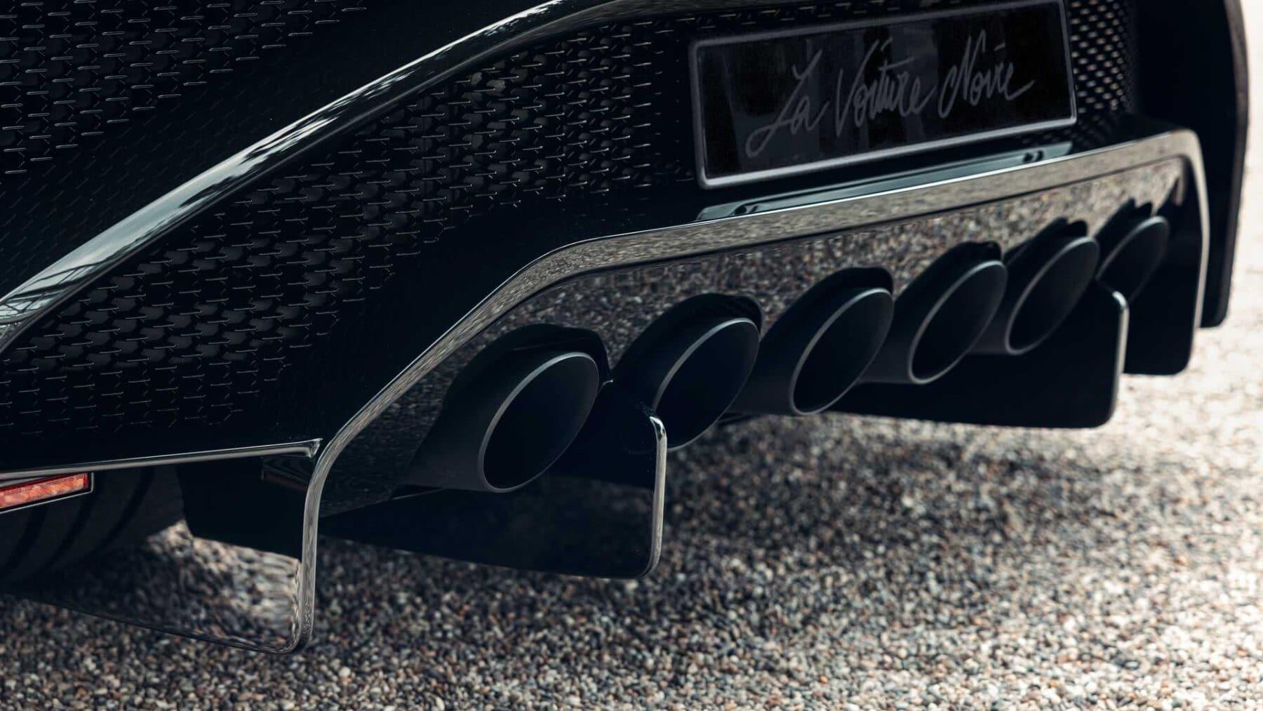 El Bugatti La Voiture Noire está plagado de detalles únicos