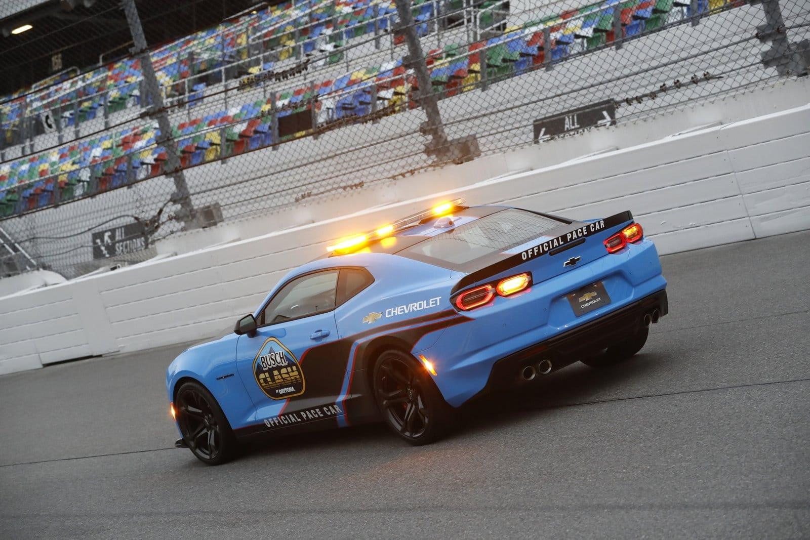 Chevrolet Camaro 2022 en Rapid Blue