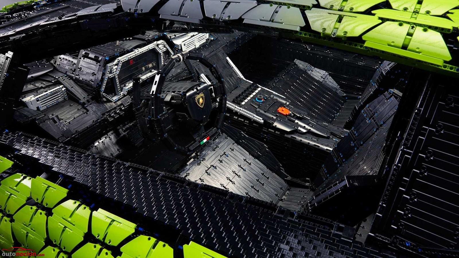 Lamborghini Sian de LEGO a tamaño real interior
