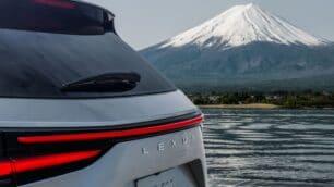 El nuevo Lexus NX ya tiene fecha de presentación y hay muchas incógnitas