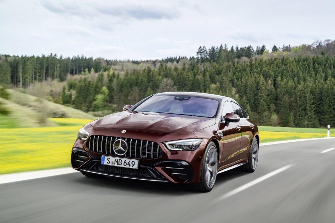 El Mercedes-AMG GT de cuatro puertas recibe novedades y mejoras