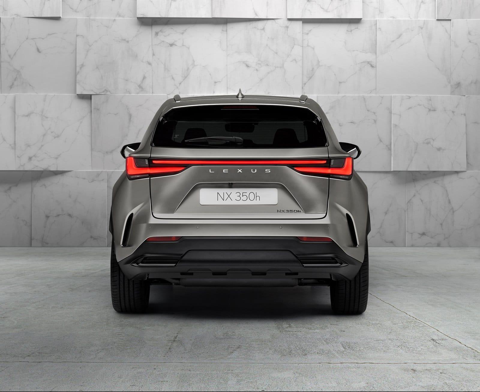 Nuevo Lexus NX trasera