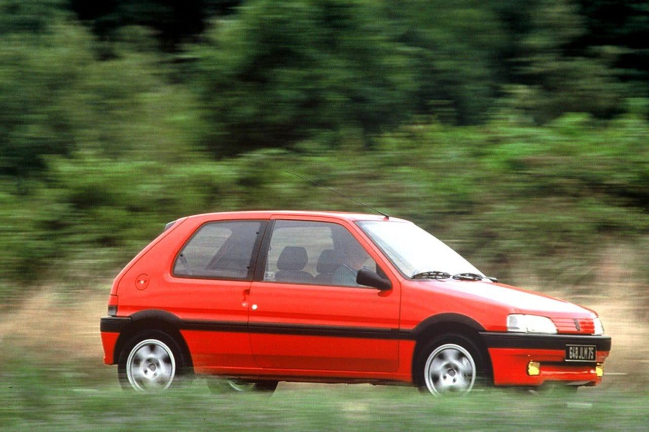 Peugeot 106 rojo