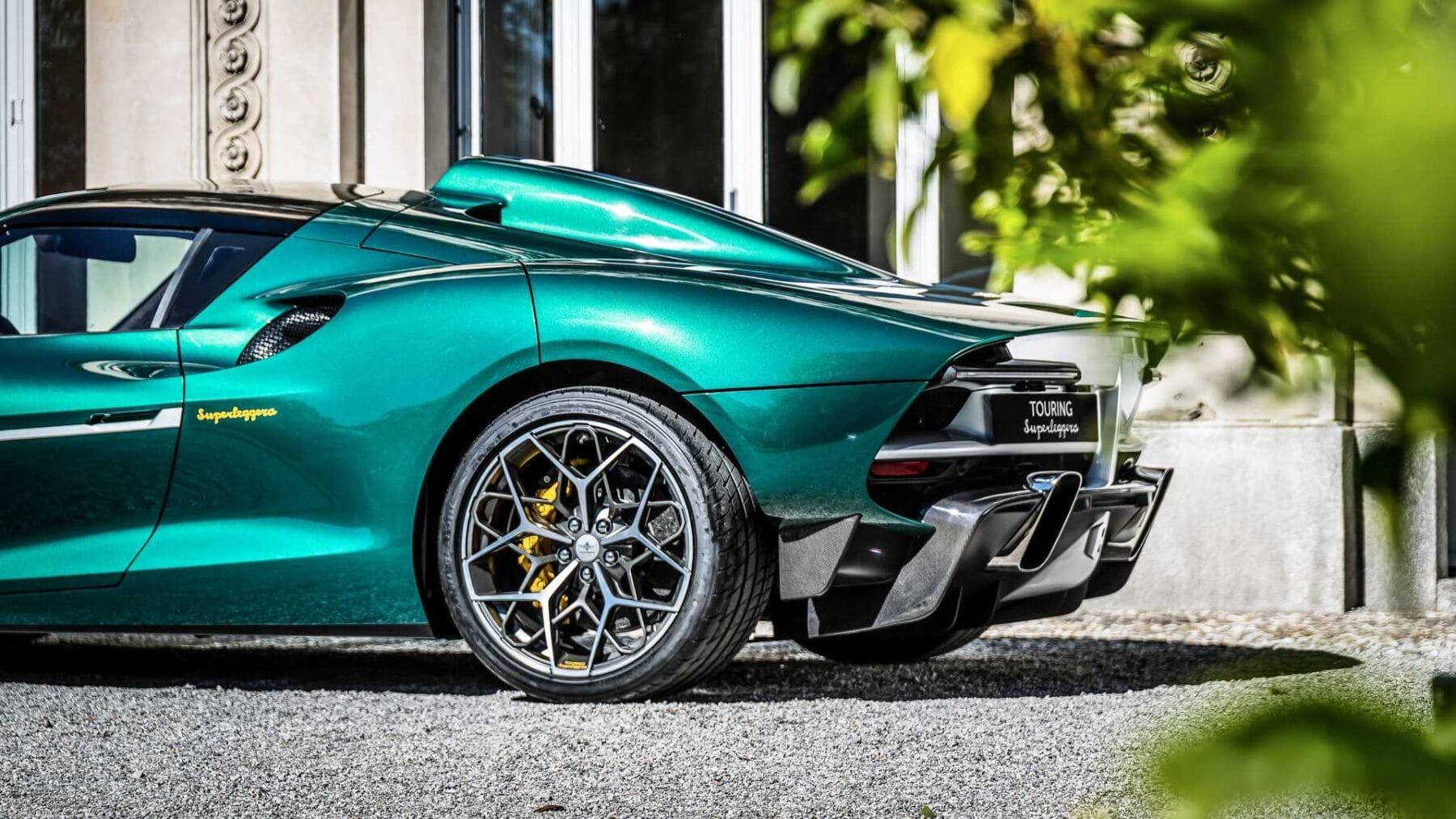 El Touring Superleggera Arese RH95 tiene un motor V8 de 720 CV