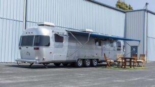 Pocas caravanas son tan icónicas como la Airstream de Tom Hanks