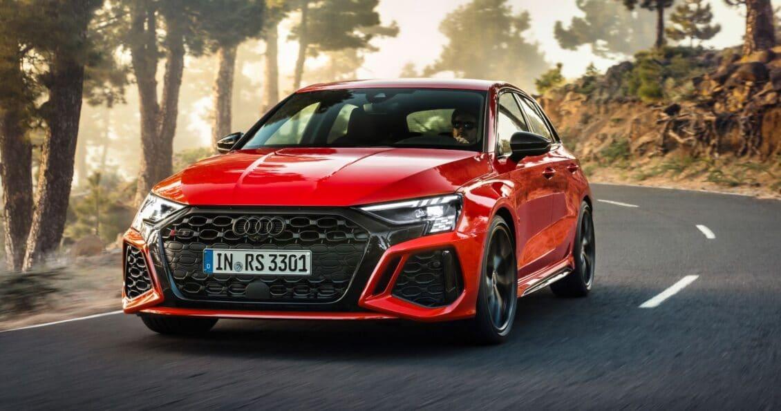 Siéntate, esto es lo que cuesta el nuevo Audi RS 3 «básico» de 400 CV: evolución de precios en 9 años