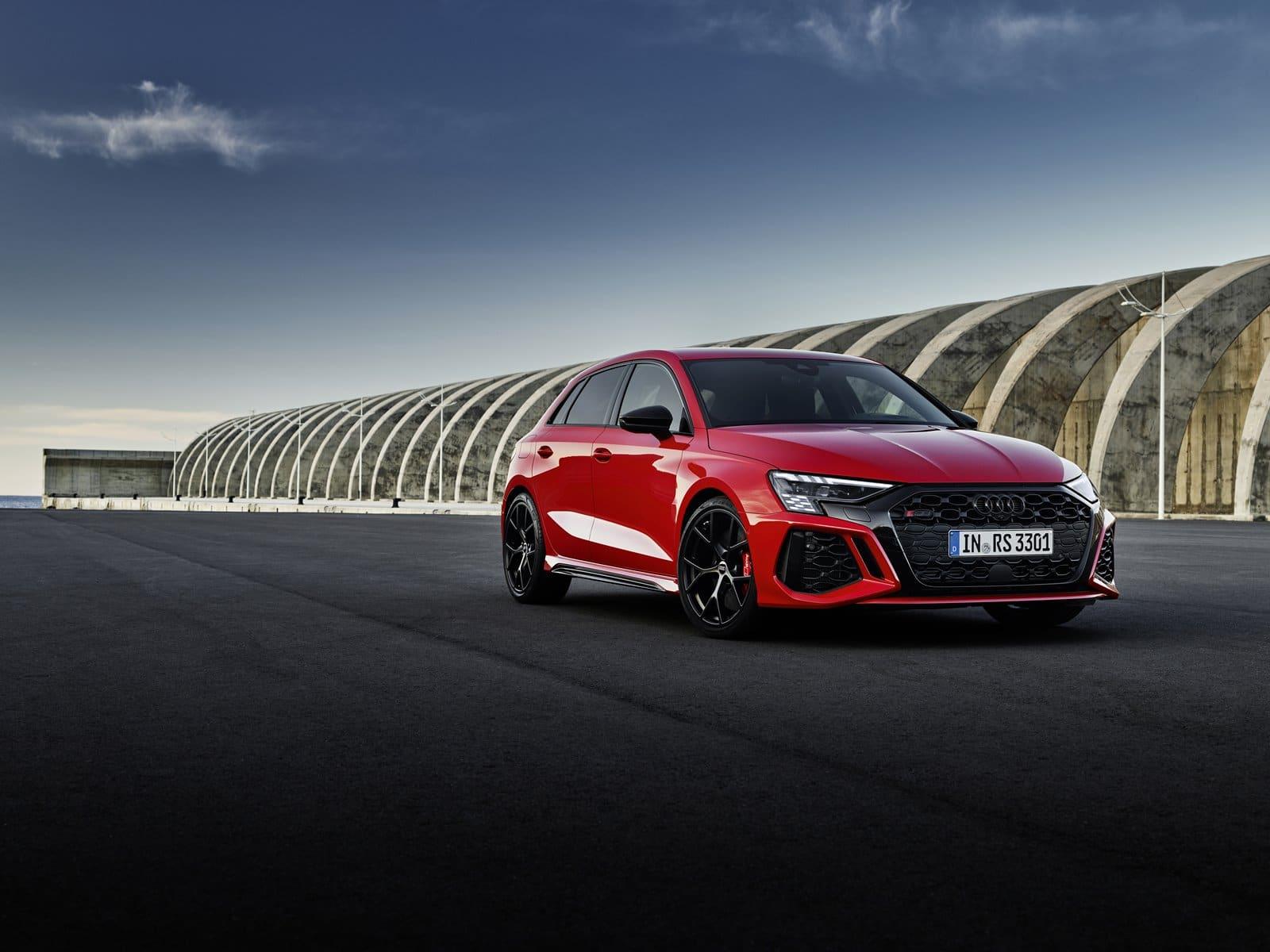 nuevo Audi RS 3 rojo