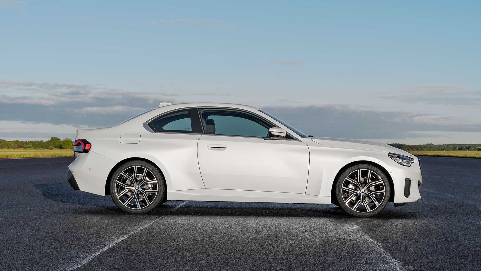Lateral BMW Serie 2 Coupé