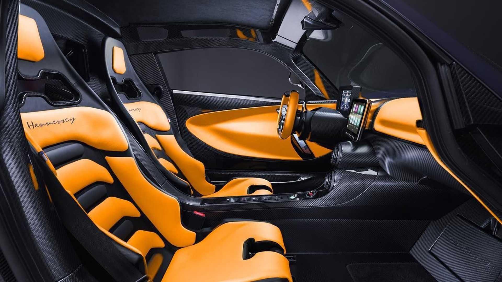El interior del Hennessey Venom F5 es espectacular
