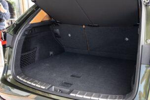 El maletero del Lexus NX 2021 es igual en las dos versiones