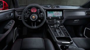 También hay cambios en el interior del Porsche Macan 2021