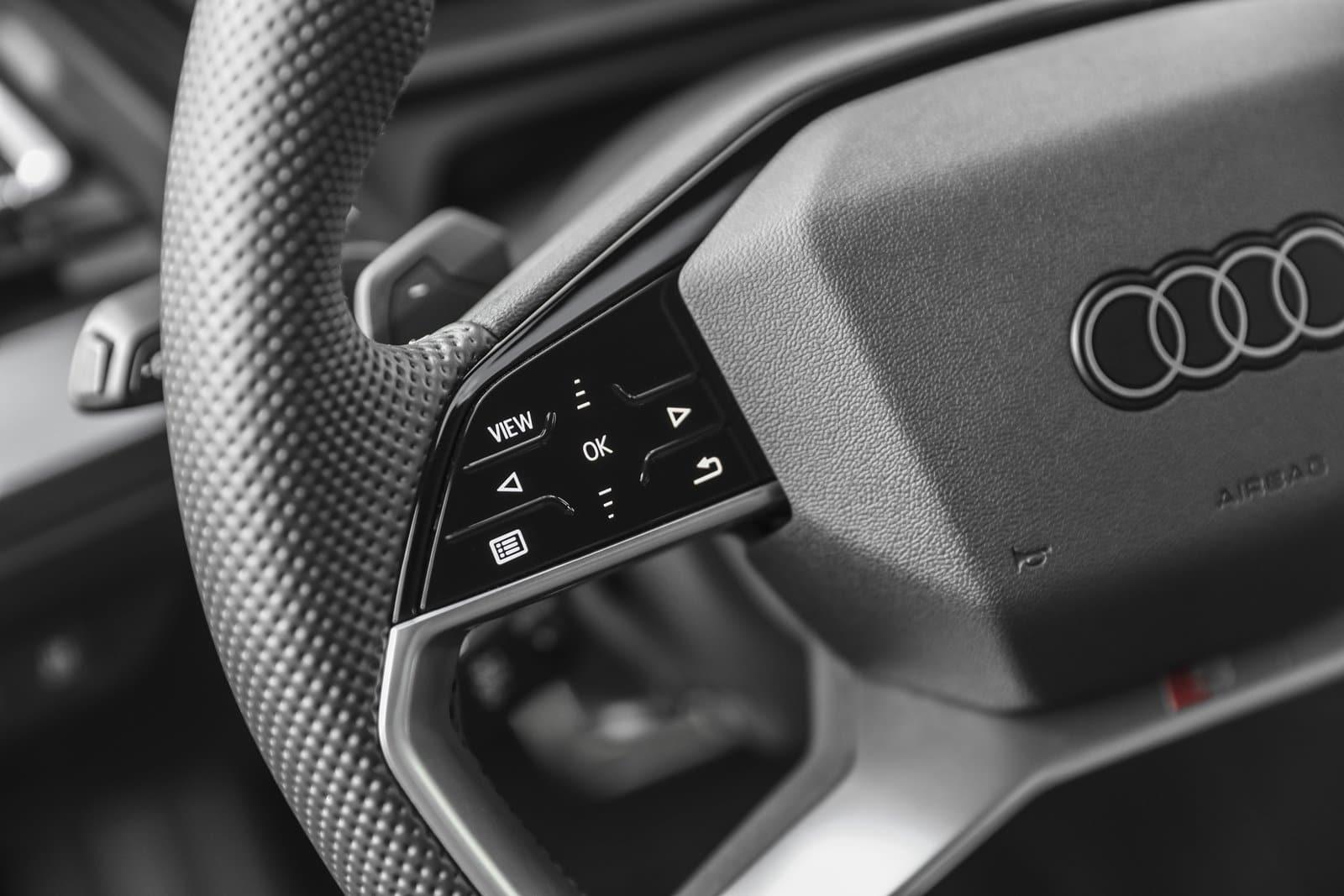 Nuevo volante Audi Q4 40 e-tron