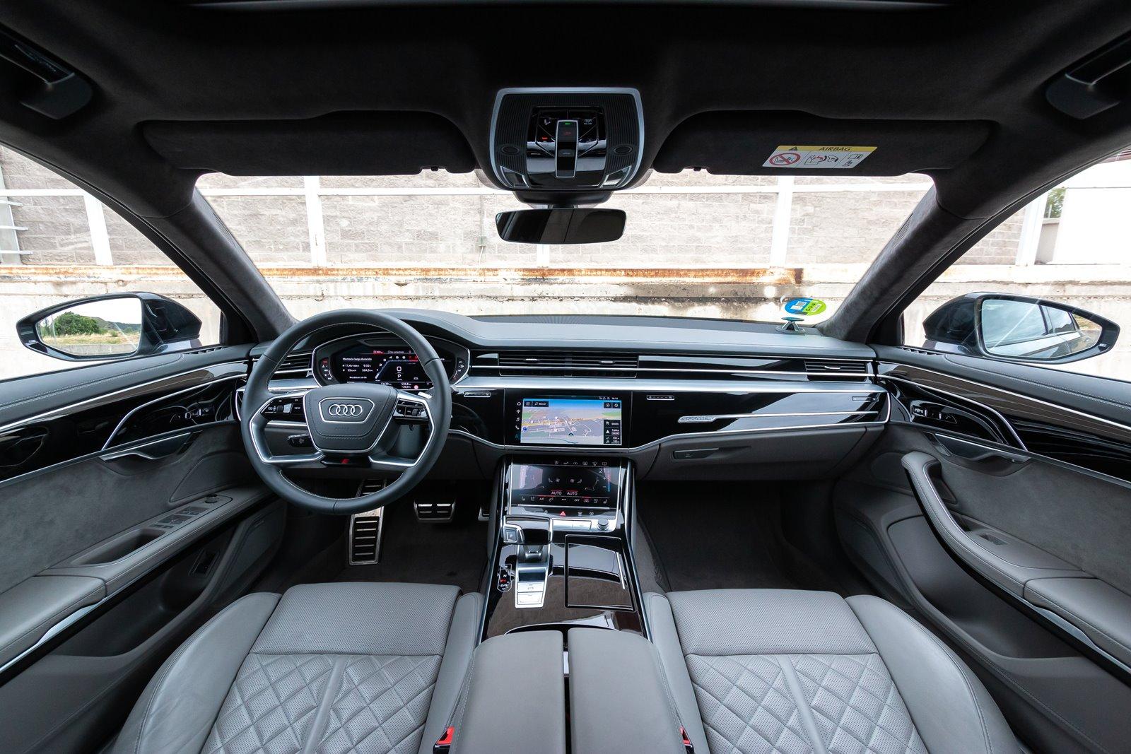 Interior Audi S8
