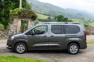 Lateral Toyota Proace City Verso Family L2
