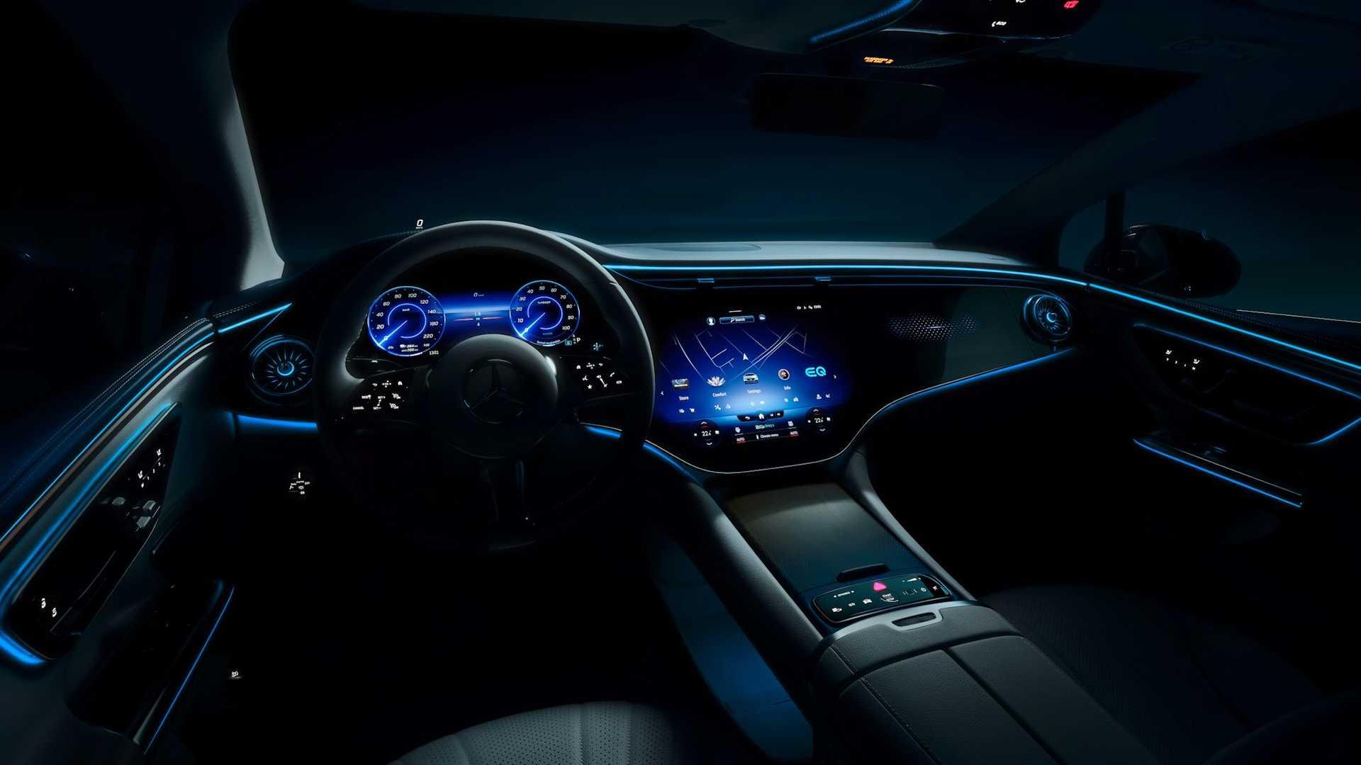 El Mercedes-Benz EQE debutará en septiembre