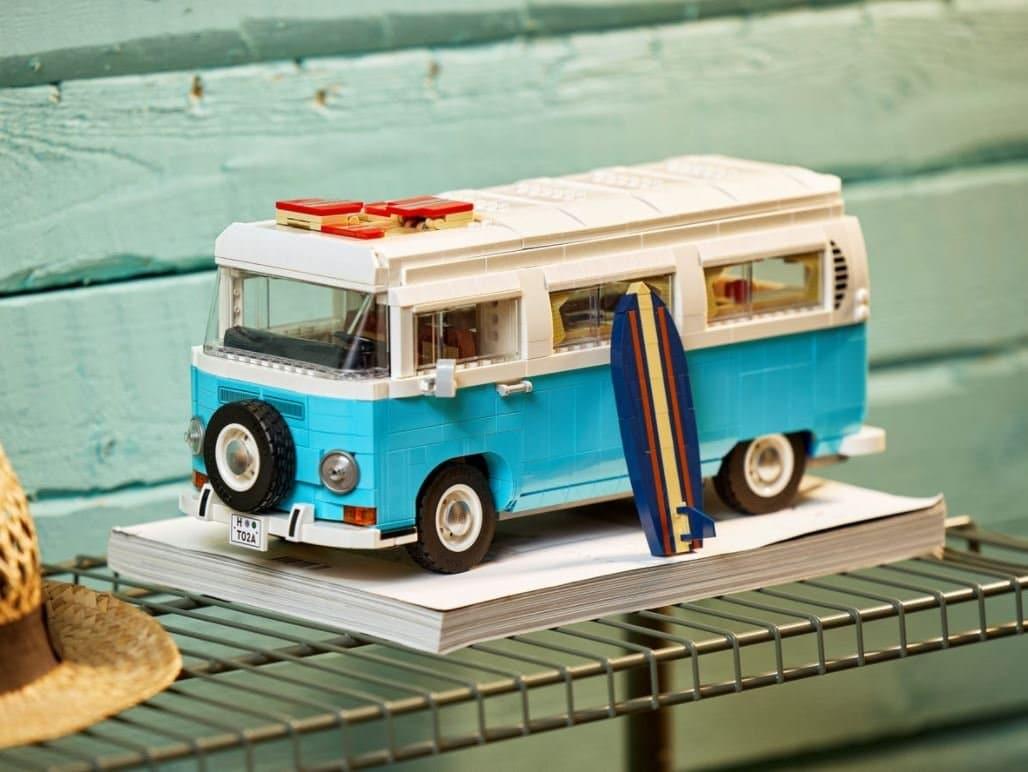 Volkswagen T2 de LEGO set