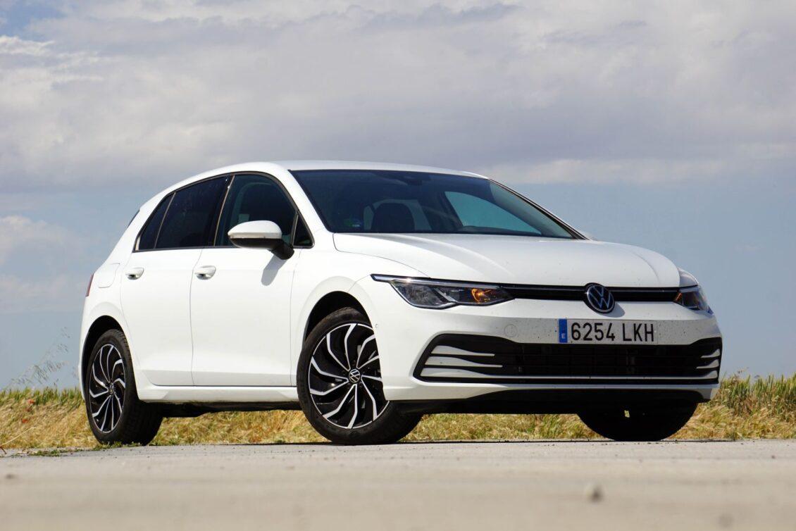 Prueba Volkswagen Golf 1.0 eTSI 110 CV Life: Consumos de diésel, etiqueta ECO y un alto precio