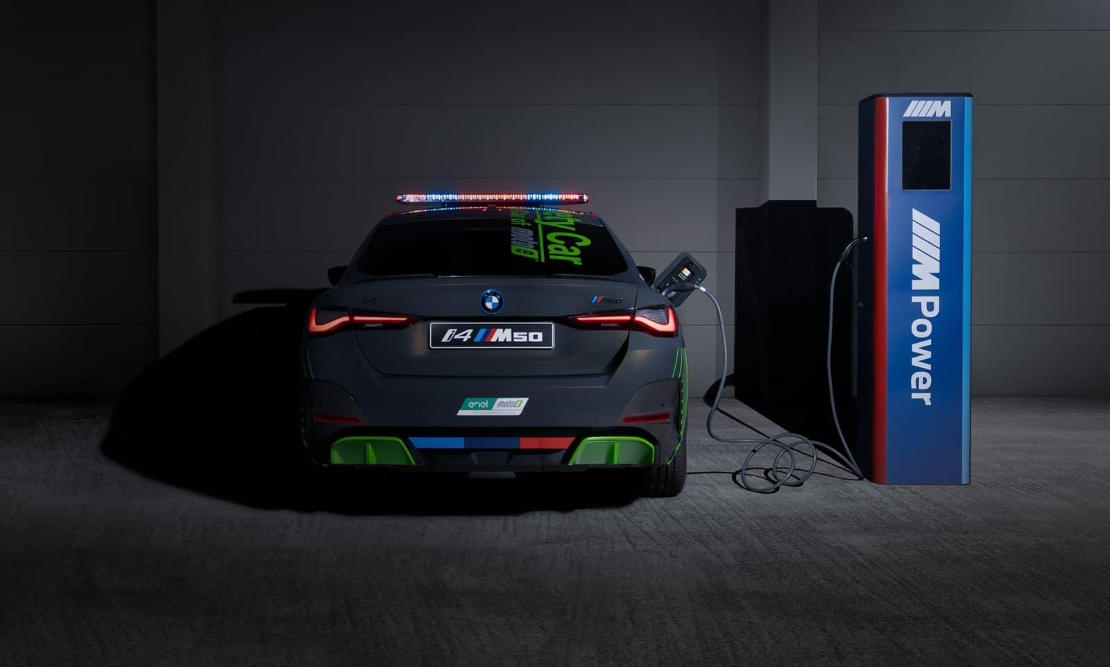 El BMW i4 M50 Safety Car es el primer coche de seguridad eléctrico de BMW M en MotoGP