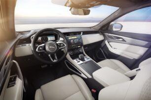 Más equipamiento para el Jaguar F-Pace 2022