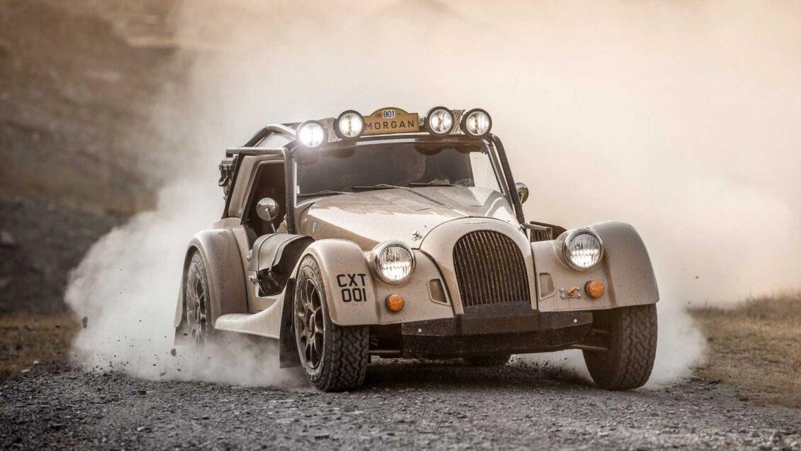 ¿Un Morgan Plus Four para irse de dunas? Si te sobran 200.000 euros es tuyo