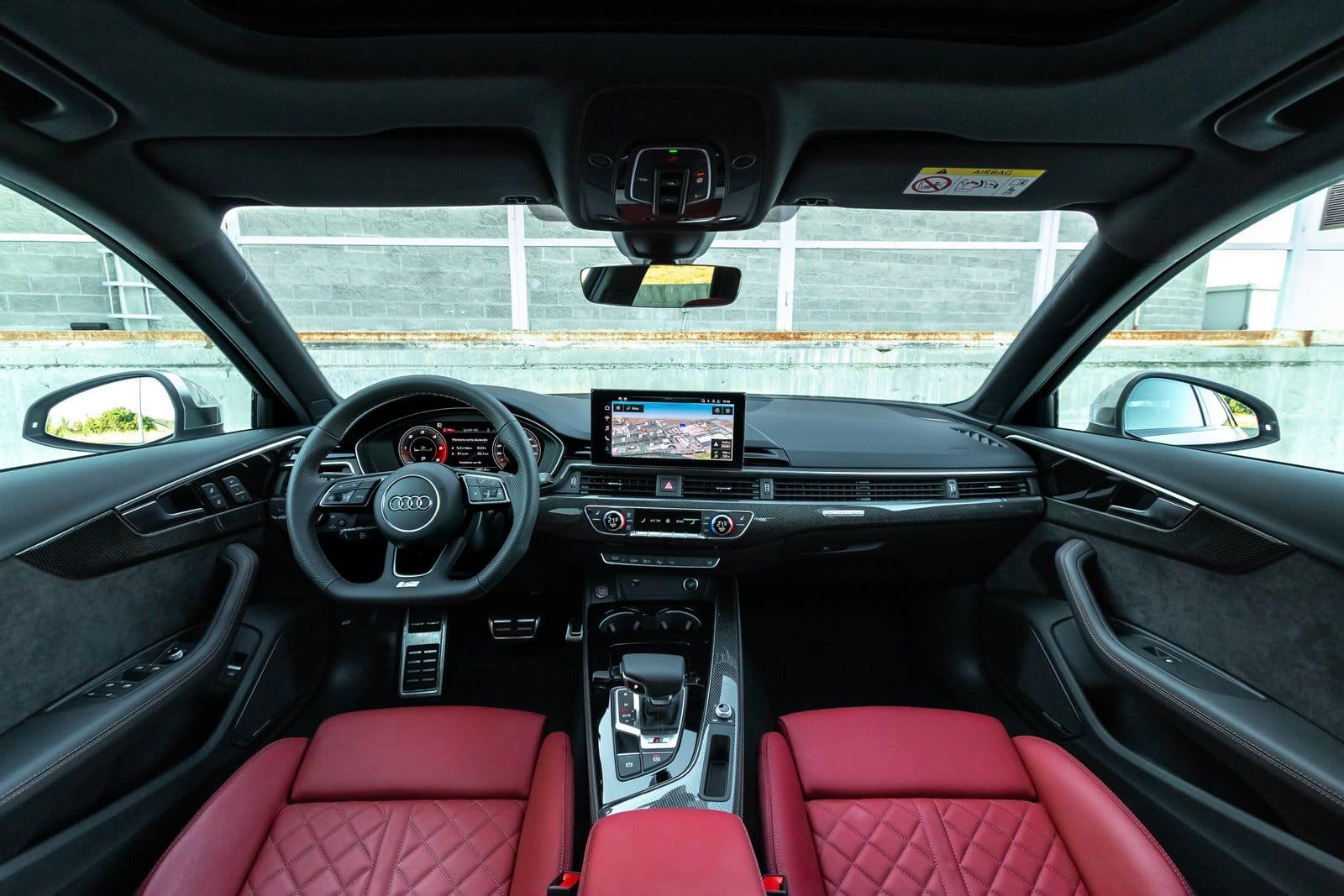 Interior Audi S4 Avant