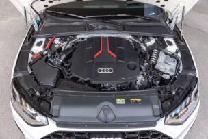 Motor Audi S4 Avant