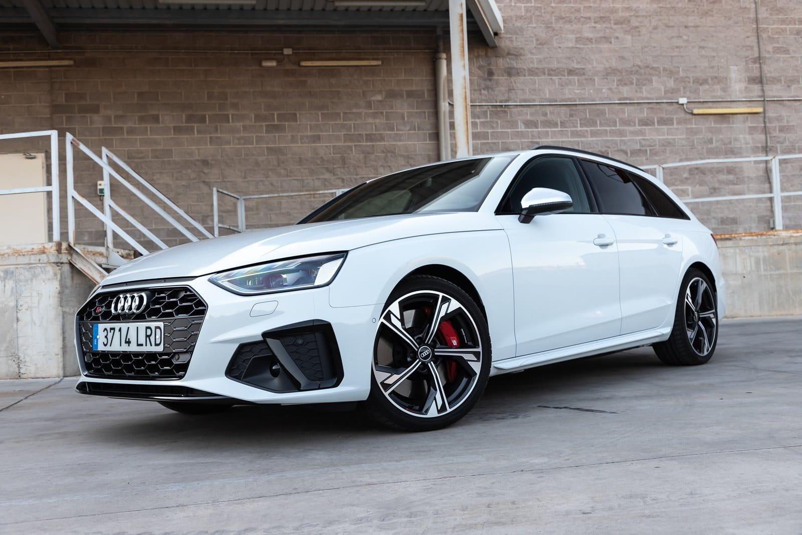 Nos ponemos al volante del Audi S4 Avant