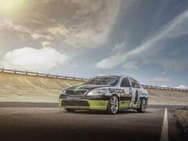 Este Škoda Octavia vRS alcanzó 365,4 km/h y todavía tiene el récord