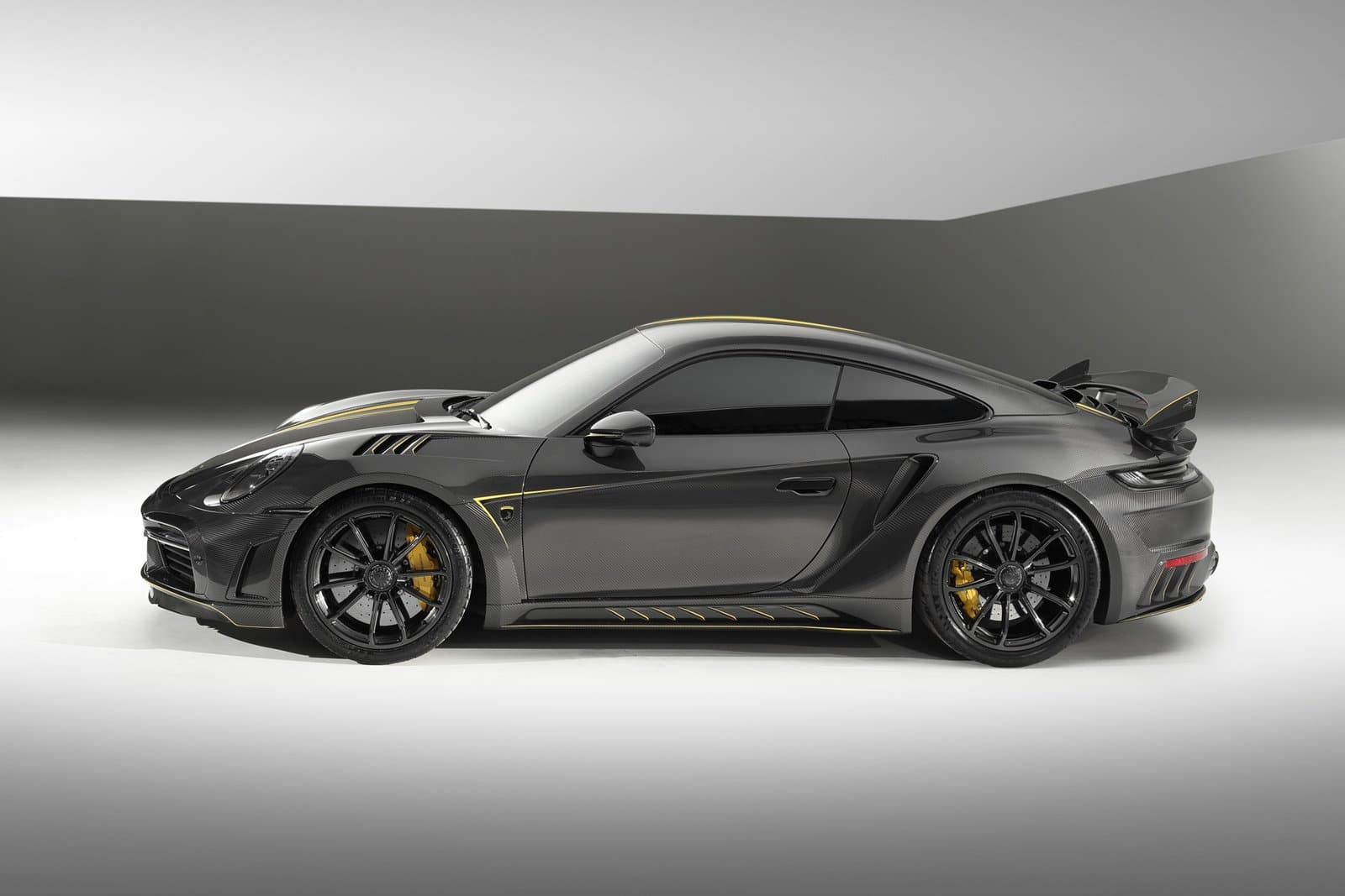 Solo habrá 13 ejemplares del Porsche 992 Stinger GTR Limited Carbon Edition