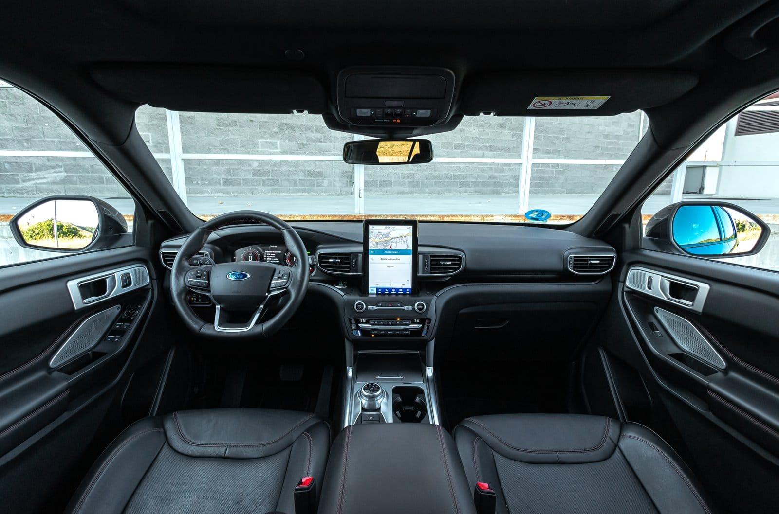 Interior Ford Explorer 3.0 PHEV AWD